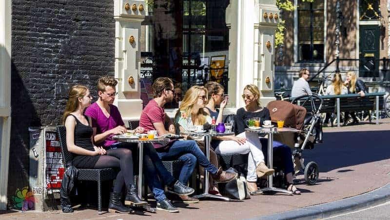 amsterdam yemek bilgileri