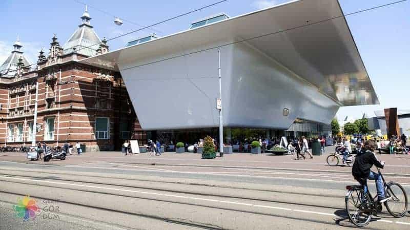 amsterdam gezilecek yerler Stedelijk Museum