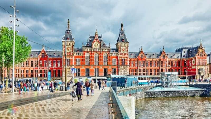 Amsterdam tren istasyonu Havaalanı Ulaşım