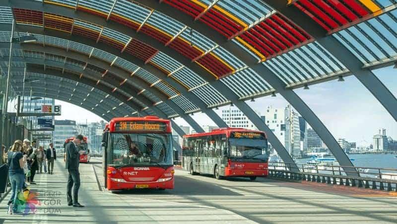 amsterdam havaalanı şehir merkezi ulaşım otobüs
