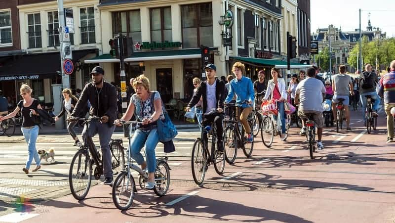 Amsterdam Havaalanı Şehir Merkezi Ulaşım bisiklet