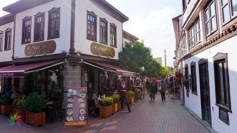 Ankara Hamamönü'nde kahvaltı