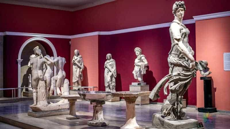 antalya müzesi Antalya gezilecek yerler