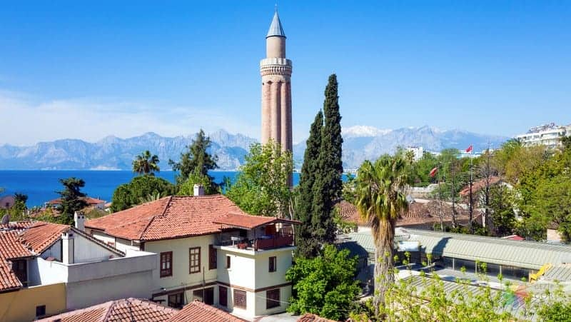 Yivli Minare Antalya gezilecek yerler