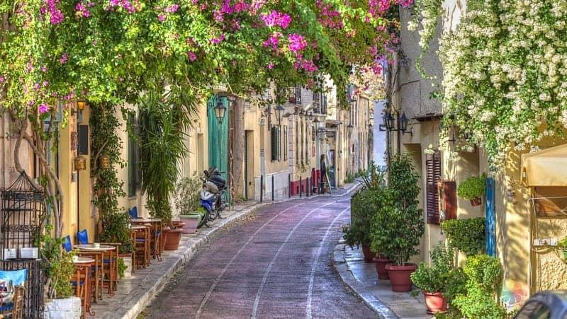 Atina'da yapılacak şeyler listesi Plaka