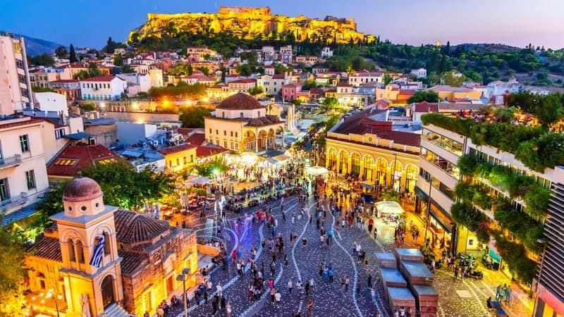 Atina'da ne yapılır Monastiraki Meydanı bölgesi