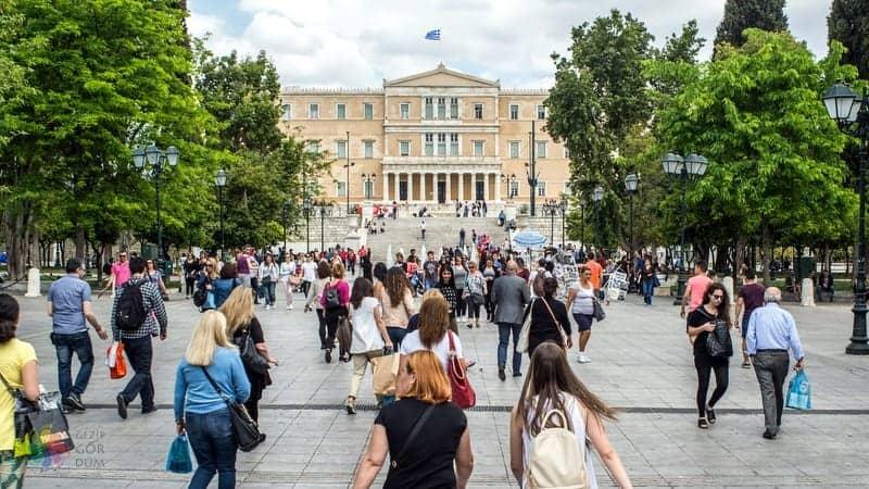 Syntagma Meydanı Atina görülecek yerler
