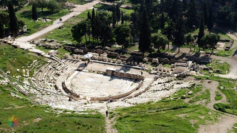 Dionysos Tiyatrosu Atina'da görülmesi gereken yerler