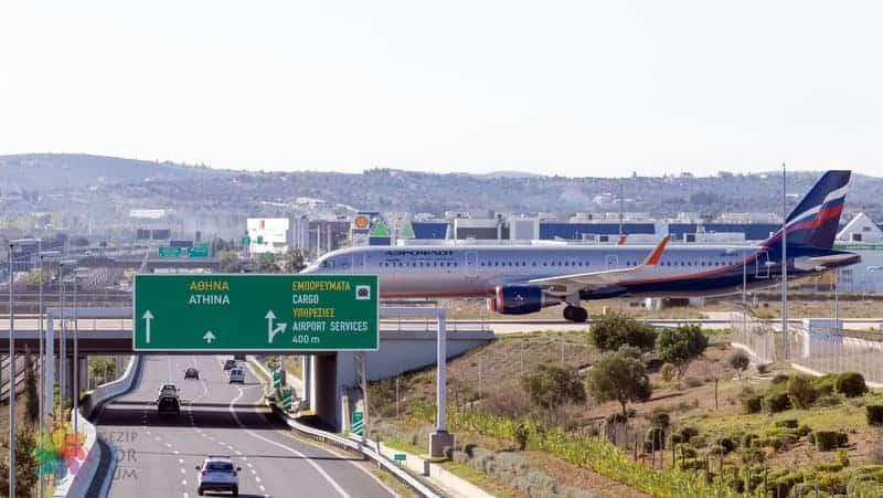 Atina Havaalanı araç kiralama ile şehir merkezine ulaşım