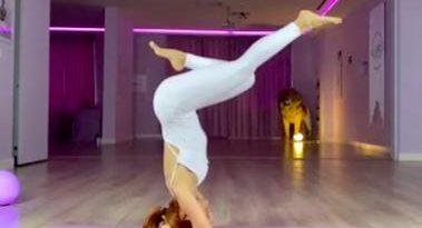 Baş üstü duruş nasıl yapılır? Uygulamalı anlatım | Orijinal Yoga