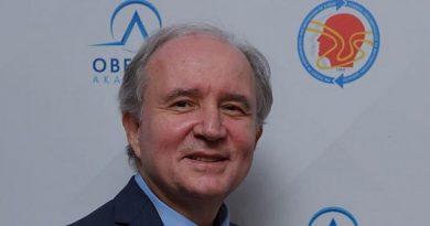 Dünya Obezite Günü nedeniyle bir açıklama yapan Türkiye Obezite Araştırma Derneği (TOAD) Başkanı Prof. Dr. Volkan Yumuk