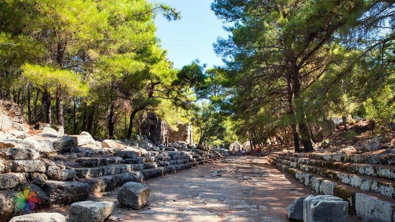 Phaselis Antik Kenti Antalya hakkında bilgiler